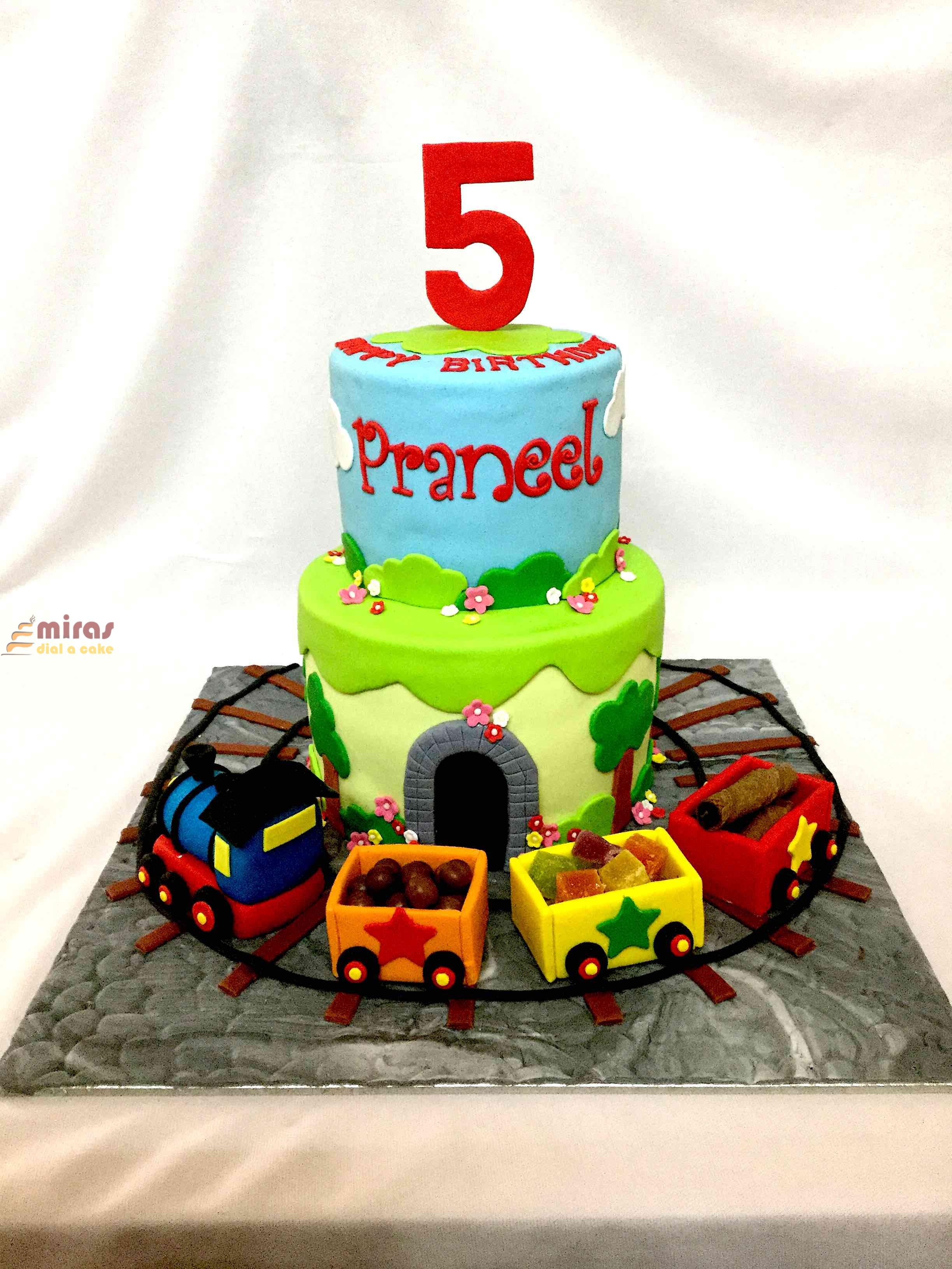 Awe Inspiring Online Thomas Engine Birthday Cakes Order Custom Theme Cake Birthday Cards Printable Nowaargucafe Filternl