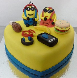 Hungry Minion Cake - 1 kg