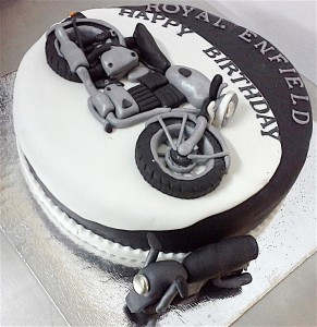 My Enfields Bike Cake 1.5 kg
