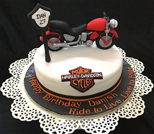 Ride The Wind Bike Cake 1.5 kg