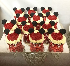 Dessert Table Mickey Theme CupCakes - 10 nos