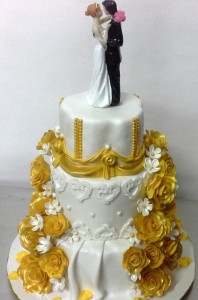 Wedding Cake - Golden Roses