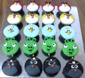 2D Angry Bird Cup Cakes - 10  nos