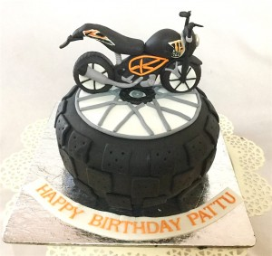 Pattu's Bike Birthday Cake