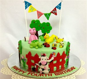 Customized Birthday cake Aryana's Animal Theme