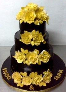 Golden Flower Chocolate Cake
