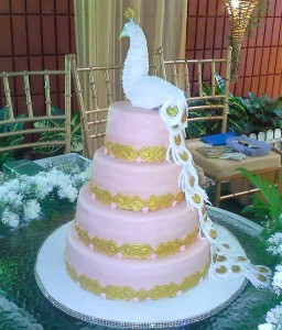 4 Tier White Peacock Wedding Cake 10 kg