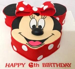 Minnie face cake 1.5 Kg