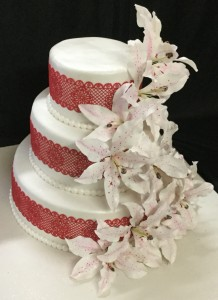 Floral R & W Wedding Cake 6 kg