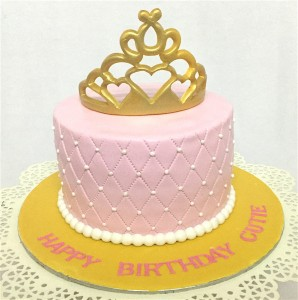 Cute Tiara Birthday Cake