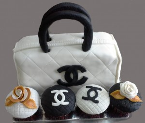 CD Vanity Bag Birthday Cake