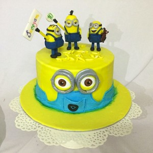 Sweeyam's Minion Birthday Cake