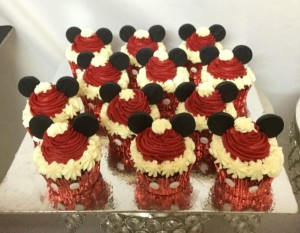 Mickey Cupcakes - Set of 10