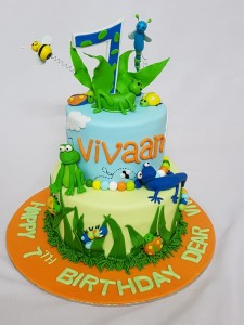 Birthday Cake Insects and Frogs theme